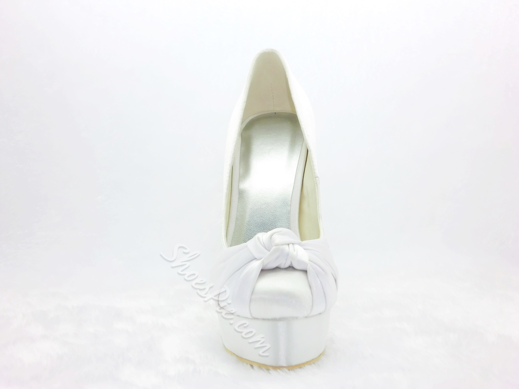 Graceful Satin Stiletto Heels Closed Toe Bride Shoes