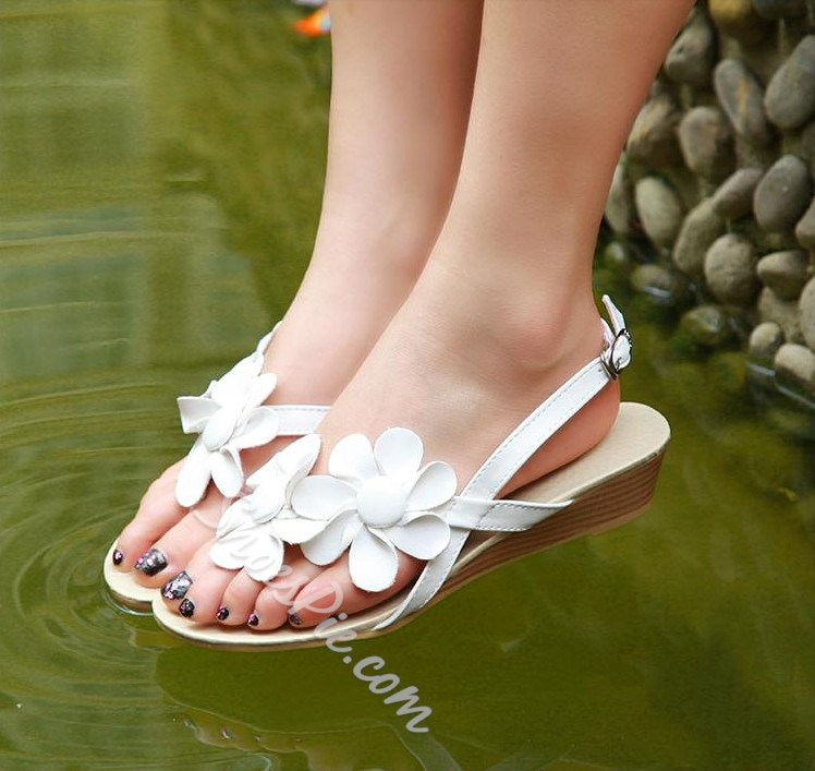Lovely Flat Heels Sandals with Flowers