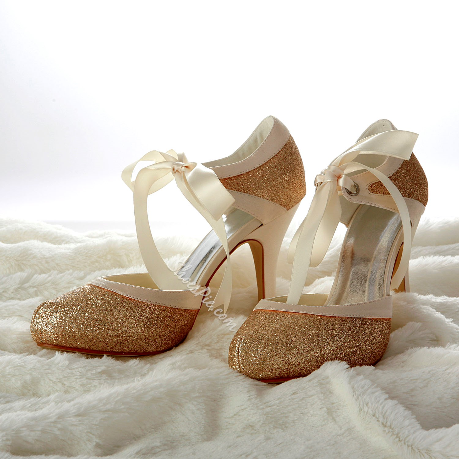 New Champagne Closed-toe Wedding Shoes