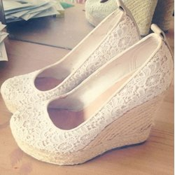 Elegant Mesh Upper Close-toe Wedge Heels