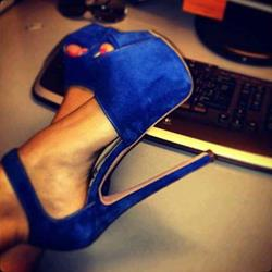 Fashionable Solid Color Peep Toe Stiletto Heel Platform Sandals