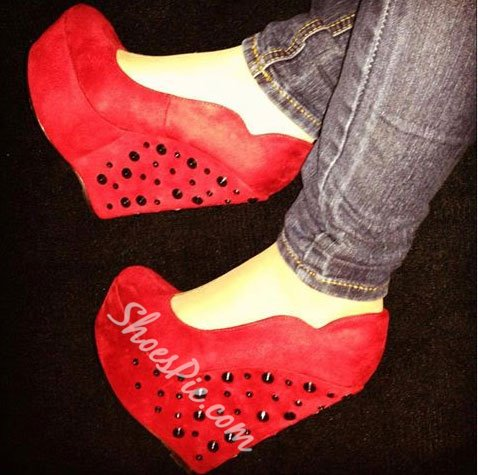 Glaring Red Suede Wedge Heel Rivets Decoration High Heel Shoes
