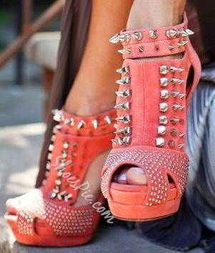 Elegant Pink Cut-Outs Rivets Decoration High Heel Boots