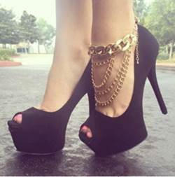 Sexy Black Suede Peep Toe Platform High Heel Shoes with Metal Decoration