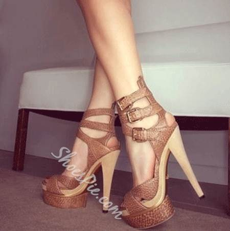 Fashionable High Heel Sandals with Buckle Decoration