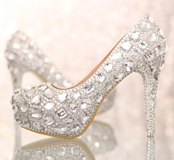 Shoespie Stylish Rhinestone Stiletto Heel Round Toe Low-Cut Wedding Bridal Shoes