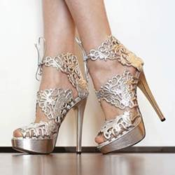 Gorgeous White Flower Print Platform Sandals