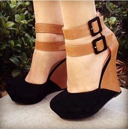 Shoespie Stylish Contrast Colour Suede Wedge Sandals