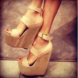 Shoespie Attractive Cut-Outs Wedge Sandals