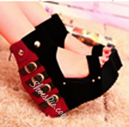Extraordinary Contrast Color PU Wedge Sandals