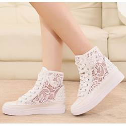 Exquisite Flower Cut-Outs Lace-Up Canvas Shoes