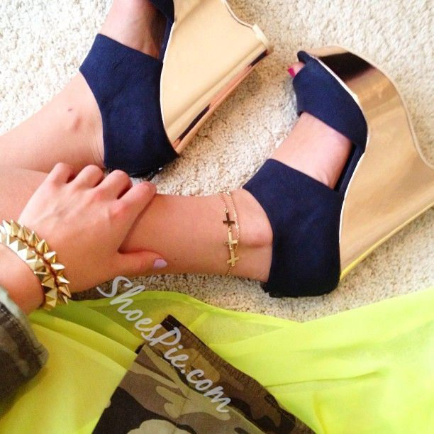 Shoespie Extraordinary Contrast Color Cloth Wedge Sandals