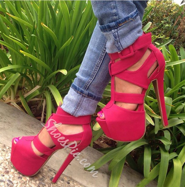 Admirable Cut-Outs Cloth Platform Sandals