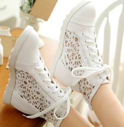 Comfortable Lace-Up Cut-Outs PU Sneakers