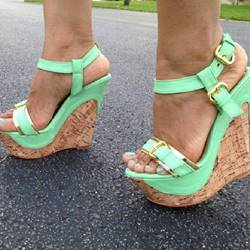 Shoespie Precious Green PU Buckle Wedge Sandals