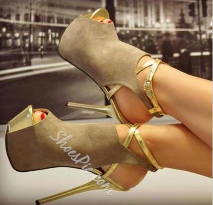 Enchanting Ankle Strap Peep-Toe Platform Sandals