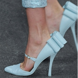 Stunning Bowknot Point-Toe Stiletto Heels