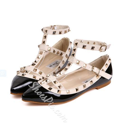 Cool Rivet Point-toe Flats