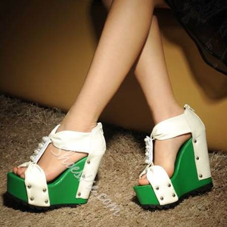 Gorgeous Pearl Contrast Color Wedge Sandals