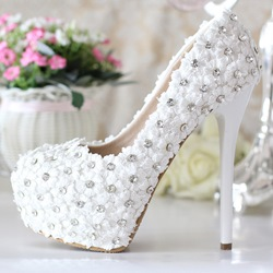 Shoespie Lace Flowers Rhinestone Bridal Shoes