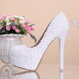 Shoespie Sweet Lace Flowers & Pearl Bridal Shoes