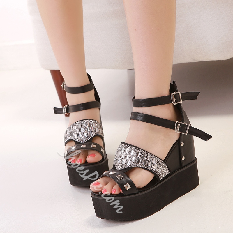 Korean Hollow-outs Wedge Rhinestone& Rivets Sandals
