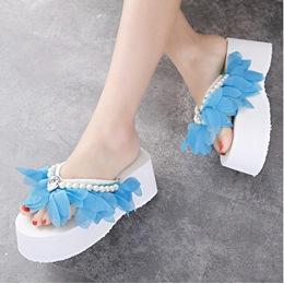 Flower Bead Wedge Heel Women's Slippers