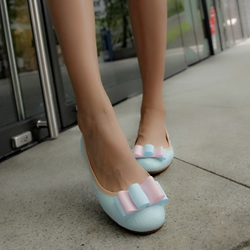 Cute Bowtie Patent Leather Flats
