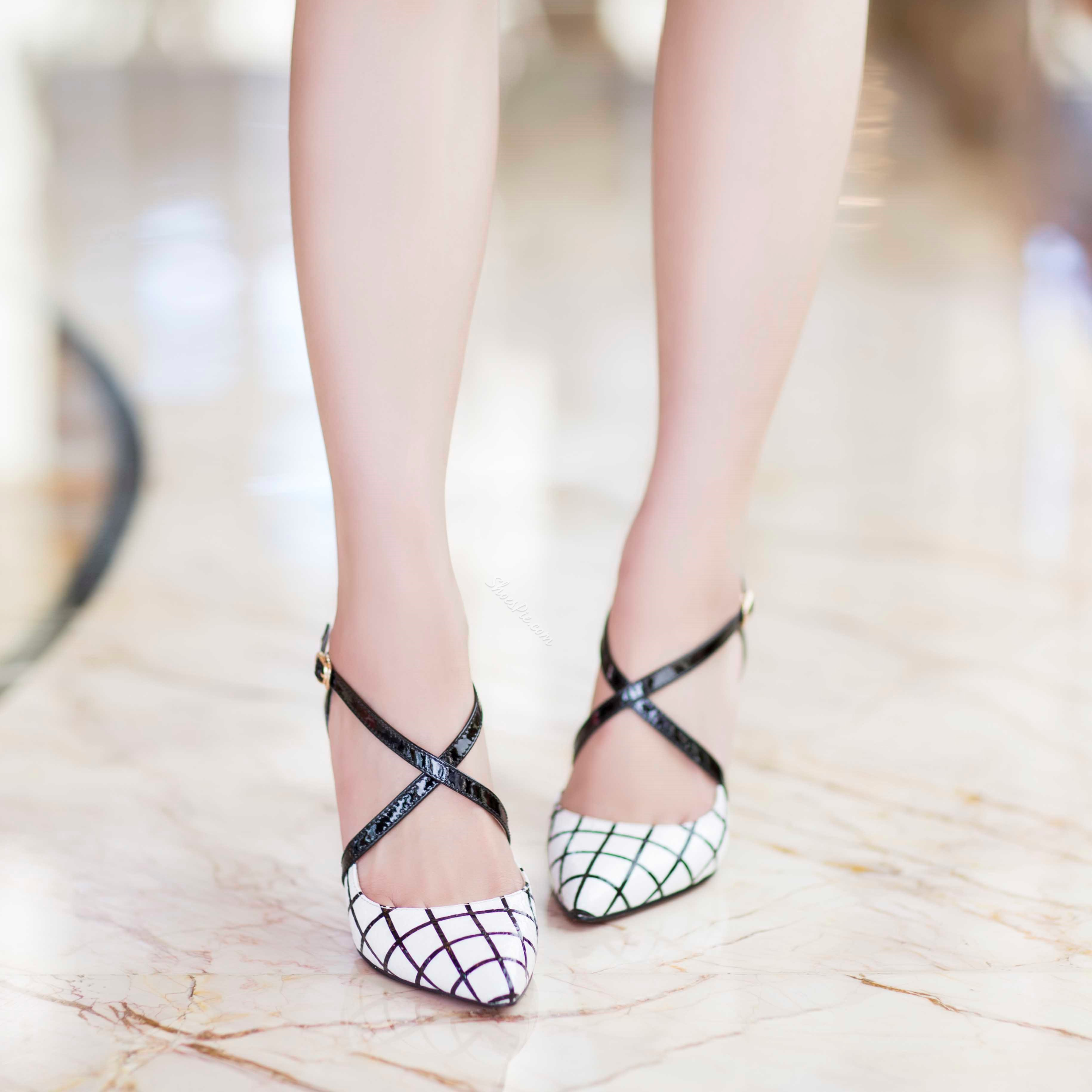 Plaid Cross Strap Pointed Toe Sandals