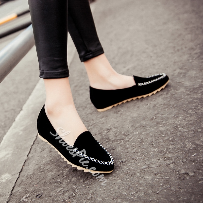 Solid Color Quilted Round Toe Flats