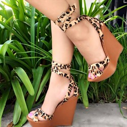 Shoespie Fashionable Leopard Buckle Platform Wedge Sandals