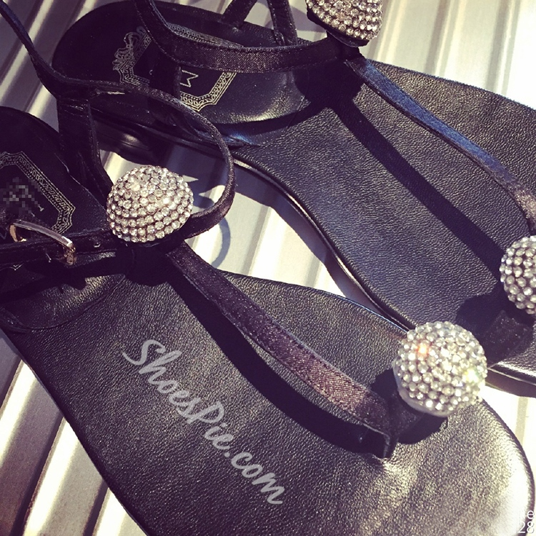 Shoespie Concise Rhinestone Flat Sandals