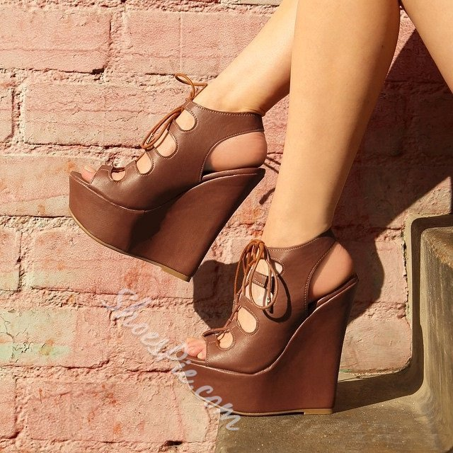 Shoespie Solid Color Lace-up Cut-out Wedge Sandals
