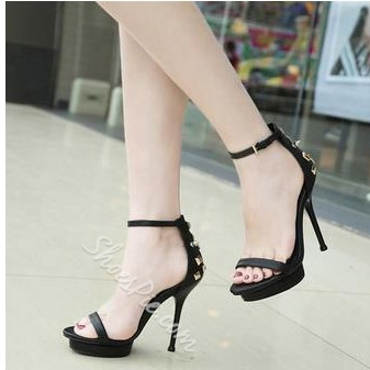 Shoespie Rivet Genuine Leather Stiletto Sandals