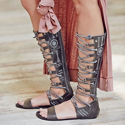 Shoespie Chic Leather Cut Out Thong Flat Gladiator Sandals