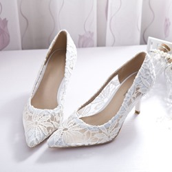 Shoespie Lace Pointed-toe Stiletto Low Heels