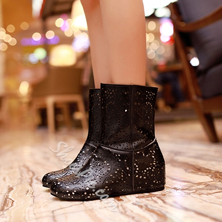 Shoespie Cut Out Flat Ankle Boots