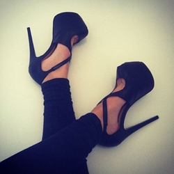 Shoespie Cross Strap Peep-toe Heels