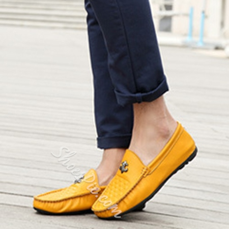 Solid Color Embossed Plaid Loafers
