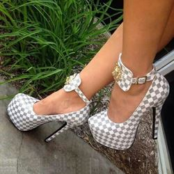 Shoespie Gray Diamonds Platform Heels