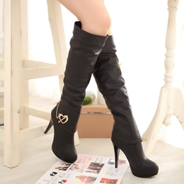 Shoespie Rhinestone Heart Design Knee High Boots
