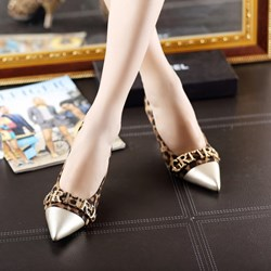 Shoespie Leopard Letters Decoration Low Heels
