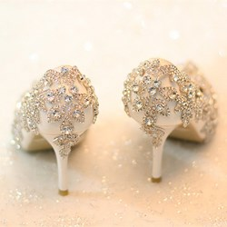 Shoespie Rhinestone Low Heel Bridal Shoes