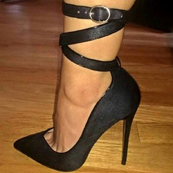Shoespie Black Fur Buckles Stiletto Heels