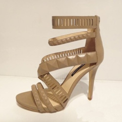Shoespie Cross Strap Ankle Wrapped Rivets Cutout Sandals