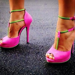 Shoespie Color Contrast T String Party Platform Sandals