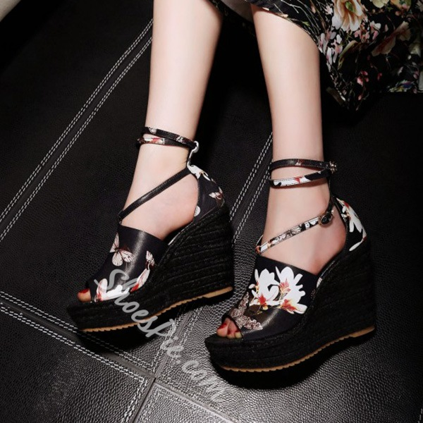 Shoespie Black Flower Print Strappy Wedge Sandals