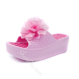 Fabulous Flower Cut-out Beach Slippers