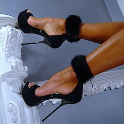 Shoespie Sexy Black Fur Ankle Wrap Dress Sandals