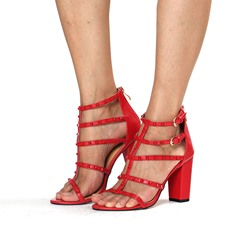 Shoespie Rivets T-Straps Chunky Heel Sandals
